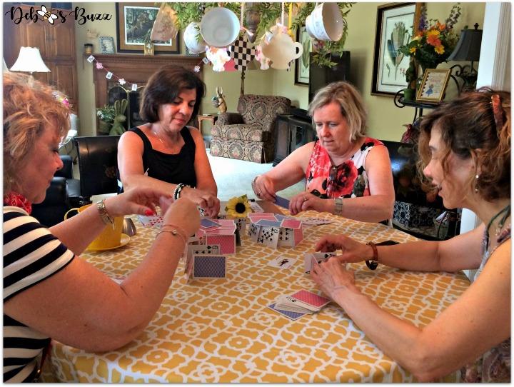 alice-in-wonderland-games-house-of-cards-team-hatter