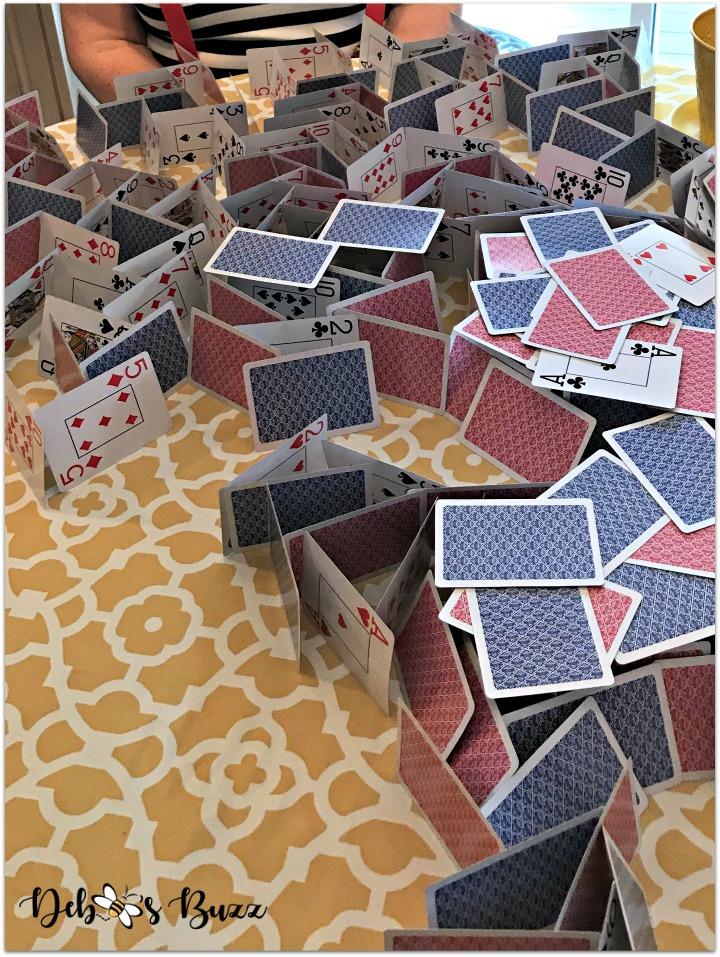 alice-in-wonderland-games-house-of-cards-winner