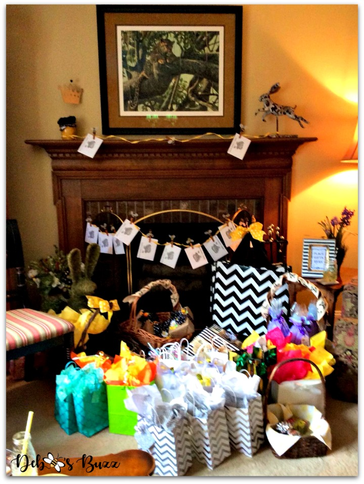 bee-party-gifts-fireplace