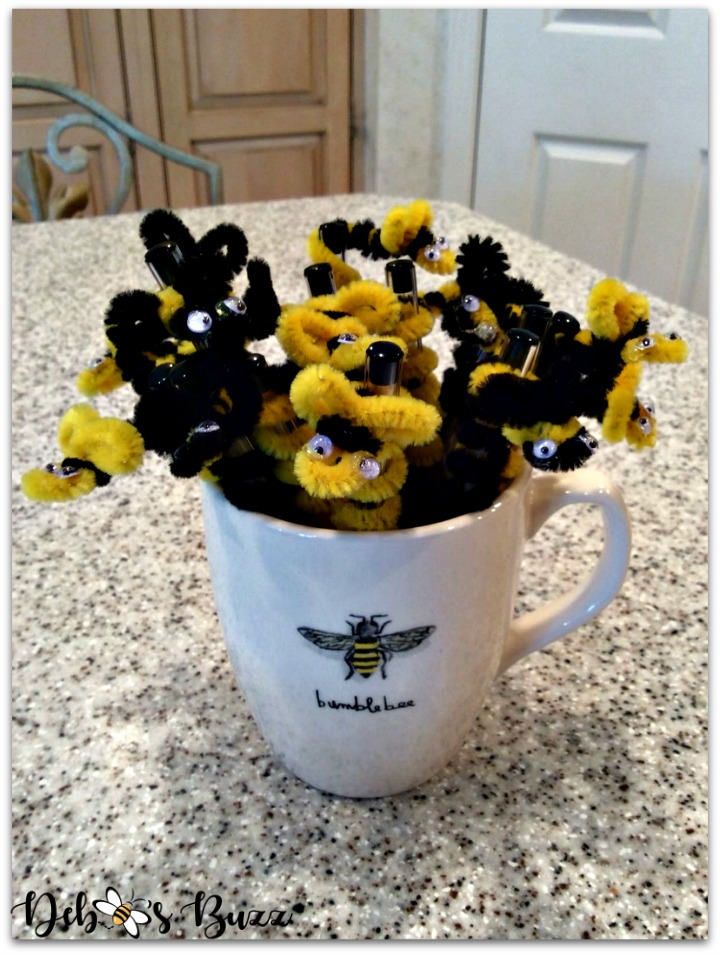 bee-party-gifts-pens