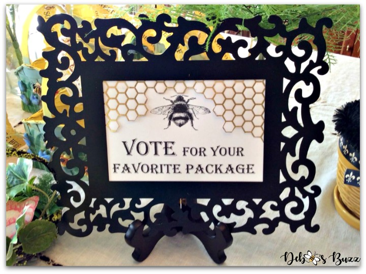 bee-party-gifts-vote-sign