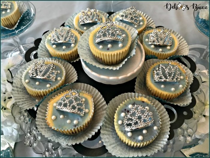 breakfast-at-tiffany's-theme-brunch-menu-champagne-cheesecakes-feature