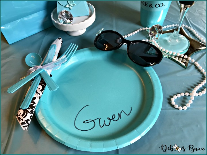 breakfast-at-tiffany's-theme-brunch-paper-plate