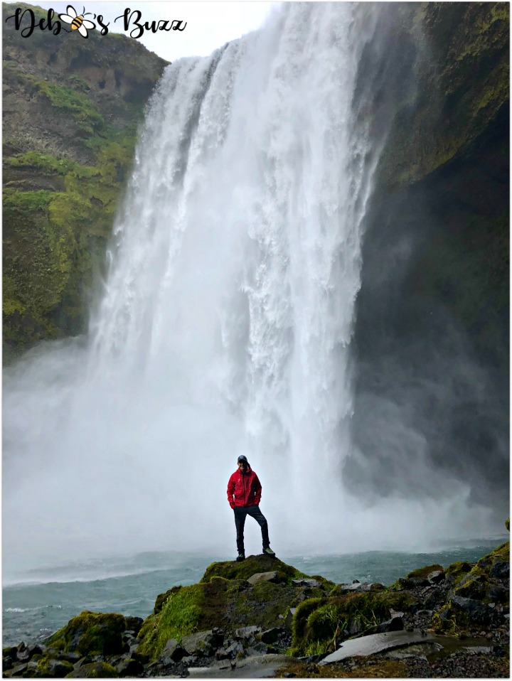 iceland-trip-day2-skogafoss-upclose-R