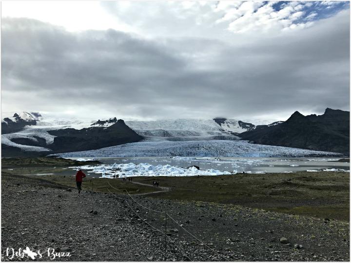 iceland-vacation-day3-skaftafellsjokull-glacial-lagoon-volcanic