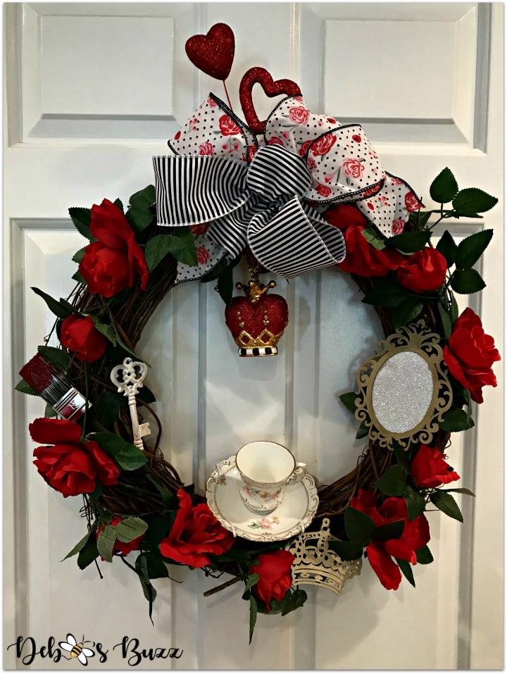 Alice-in-wonderland-grapevine-wreath-white-door