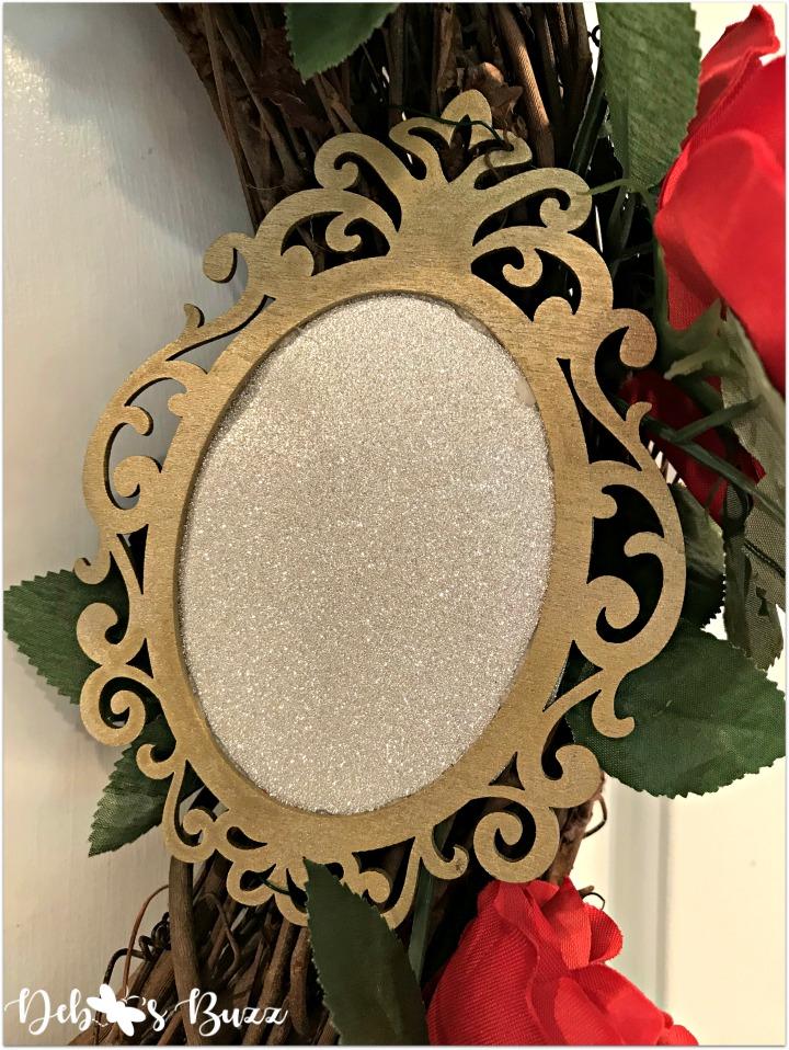 Alice-in-wonderland-grapevine-wreath-white-mirror