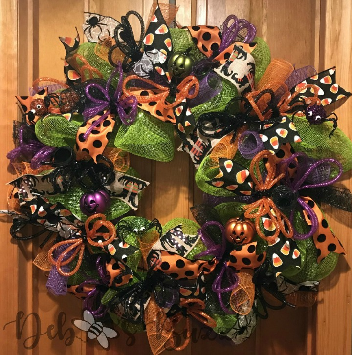 Halloween-trick-or-treat-wreath