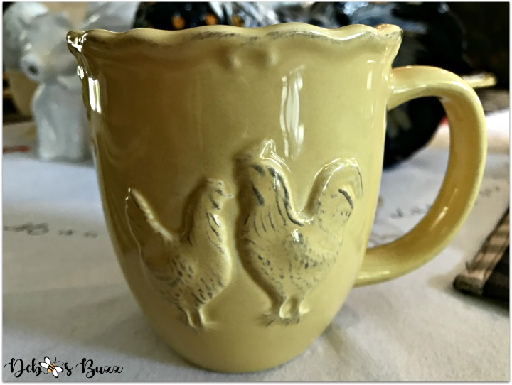 fall-farm-rooster-table-yellow-coffee-mug