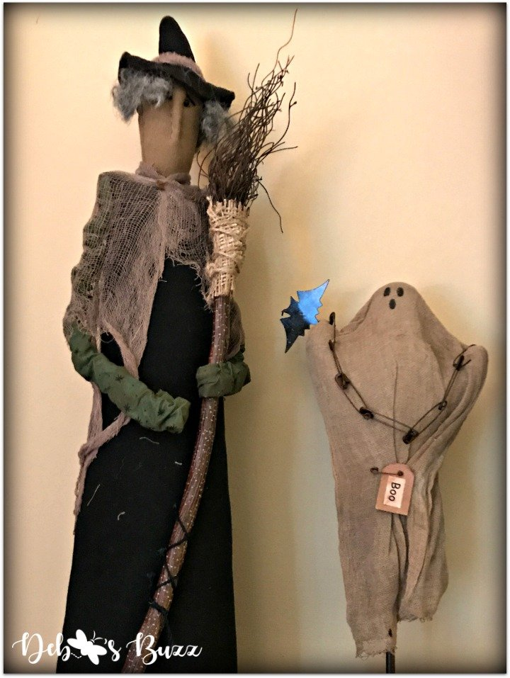 Halloween-decor-home-tour-witch-ghost