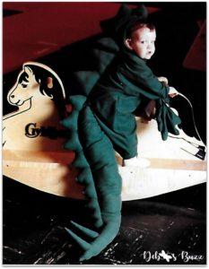 Halloween-kid-photo-dinosaur