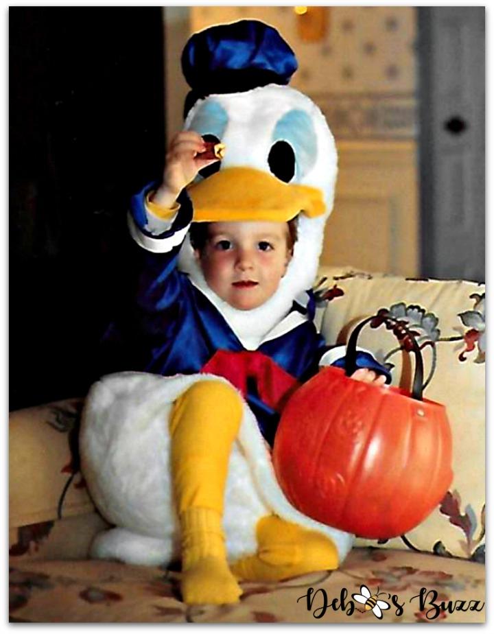 Halloween-costume-photos-donald-duck