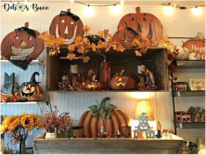 favorite-halloween-shop-jack-o-lanterns