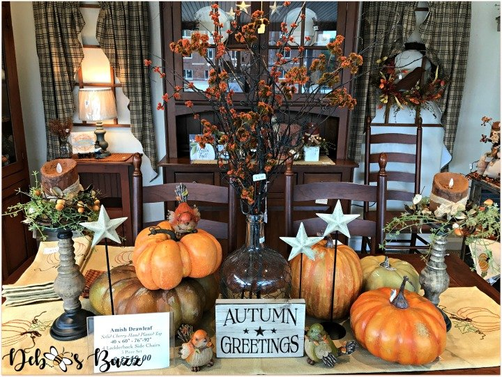 favorite-halloween-shop-table