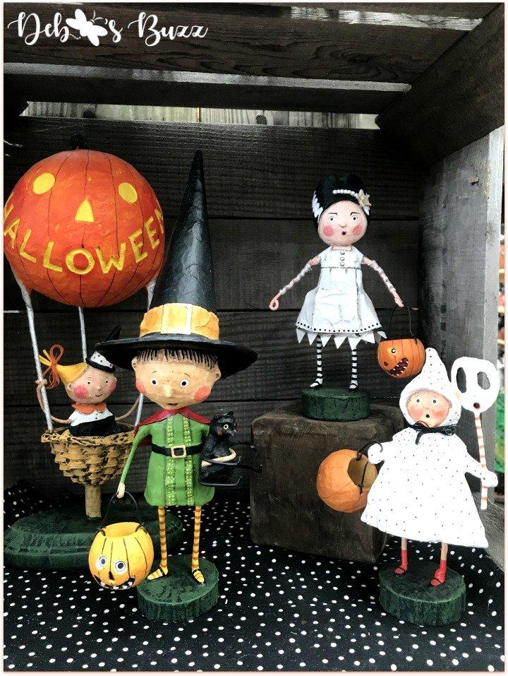 favorite-halloween-shop-trax-characters