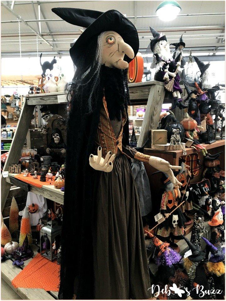 favorite-halloween-shop-trax-lifesize-witch