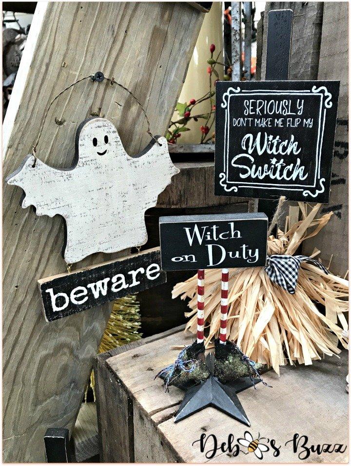 favorite-halloween-shop-trax-signs