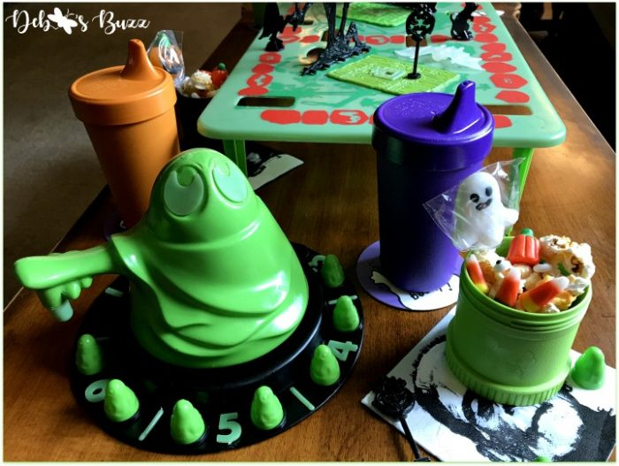 green-ghost-Halloween-game-night-replay-spinner