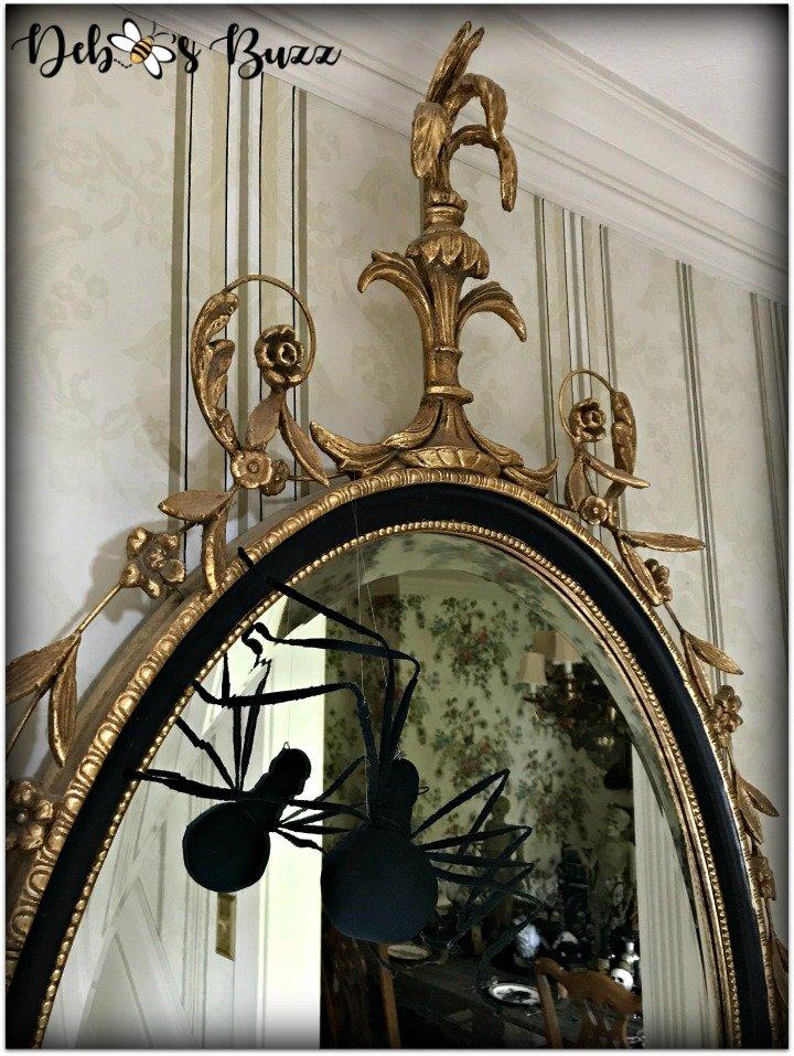 halloween-haunt-home-tour-entryhall-mirror-spider