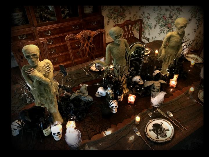 haunted-Halloween-hallows-mummies-overview