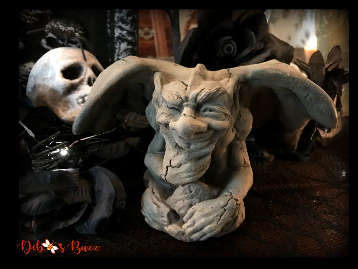 haunted-halloween-hallows-tablescape-gargoyle-2