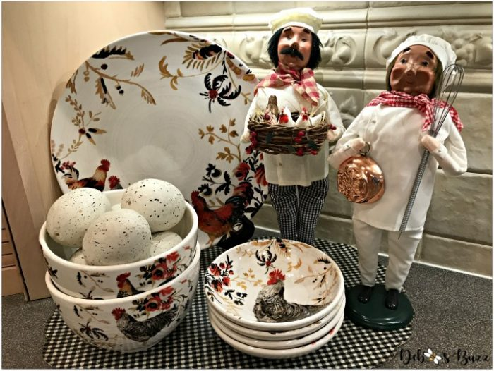 kitchen-decor-rooster-byers-choice-bakers