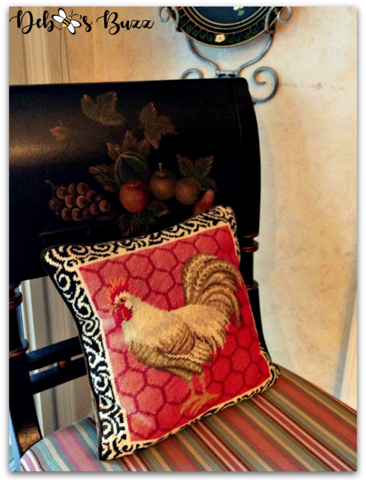 rooster-kitchen-decor-pillow