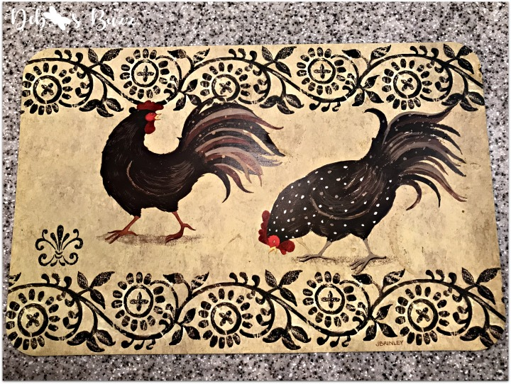 kitchen-decor-rooster-placemat-pair
