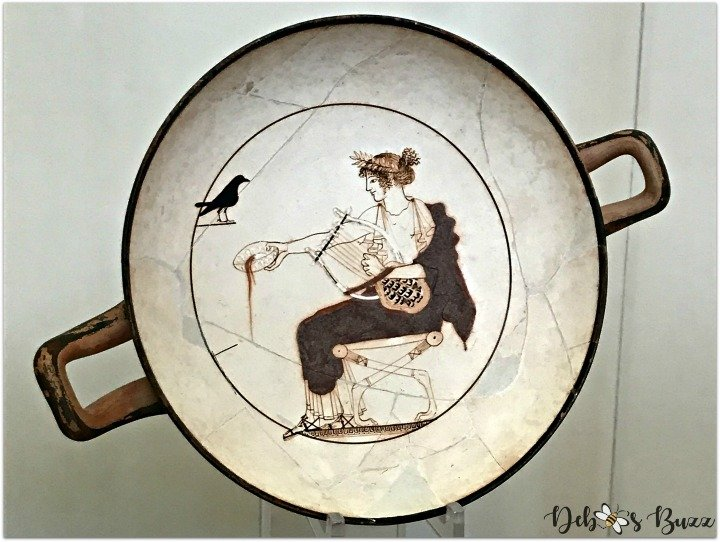 Delphi-Greece-museum-Apollo-plate