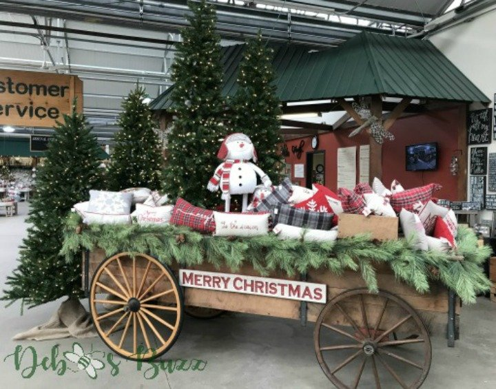 shop-store-holiday-decorations-Christmas-Trax-Wagon