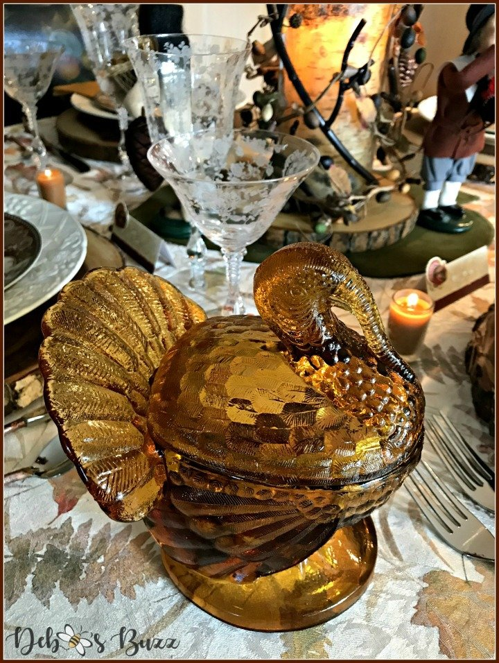 birds-feather-gather-together-table-Thanksgiving-amber-lidded-turkey-dish