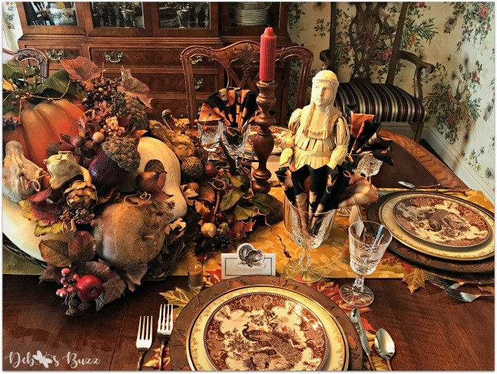 horn-of-plenty-Thanksgiving-table-hostess-place-setting
