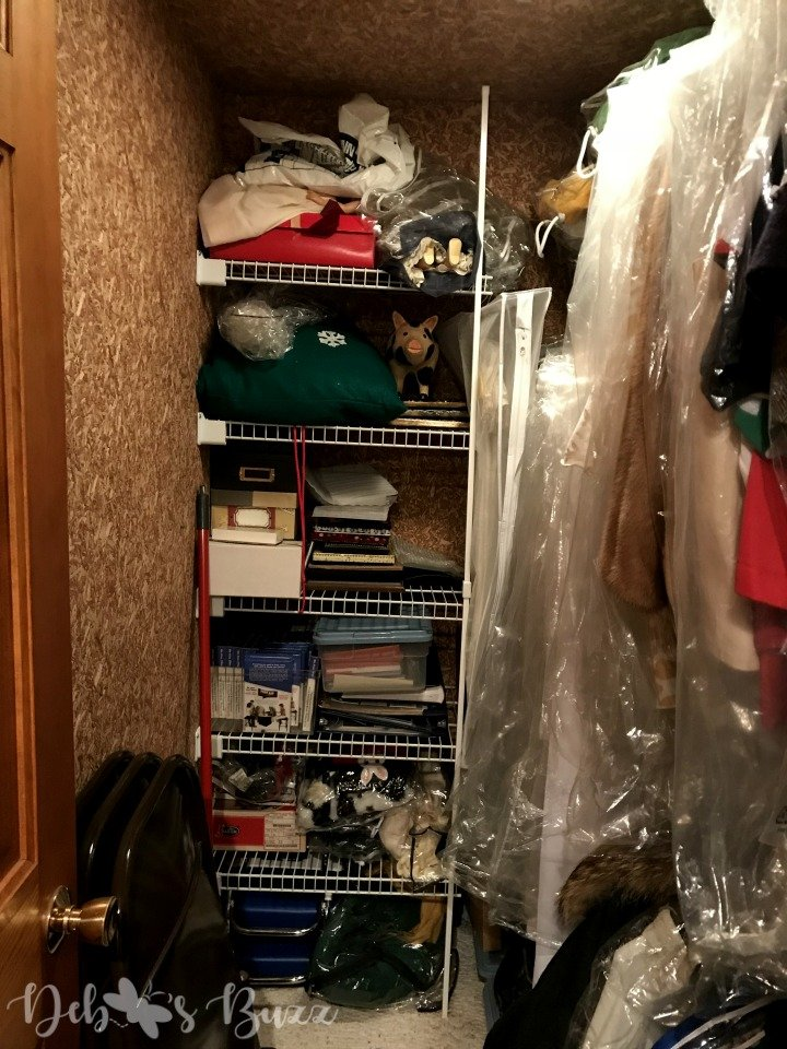 organize-pack-store-holiday-decorations-cedar-closet