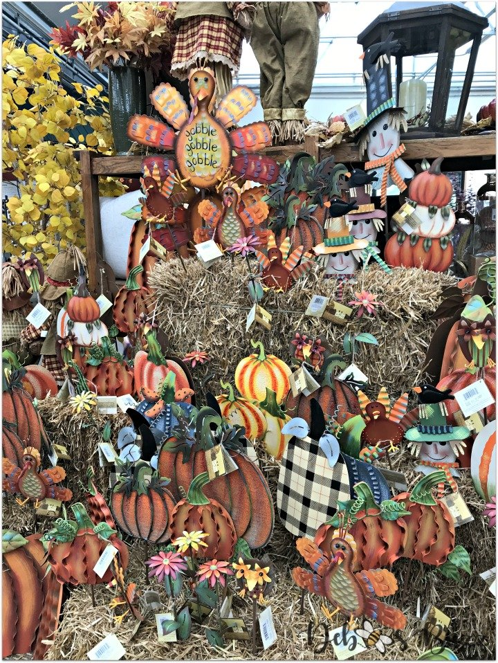 shop-pack-store-Thanksgiving-holiday-decorations-garden-stakes