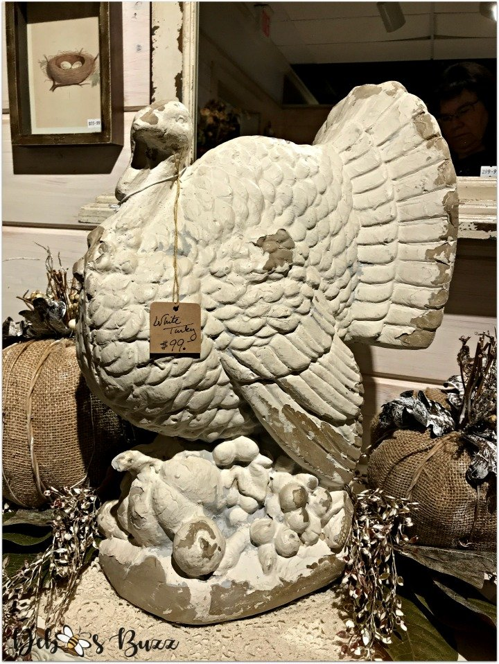 pack-store-holiday-decorations-organize-white-turkey-statue
