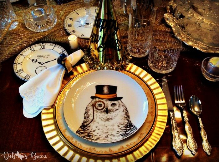 new-years-tablesetting-ideas-owl-top-hat-plate