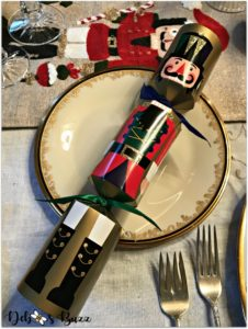 nutcracker-collection-centerpiece-Christmas-table-cracker