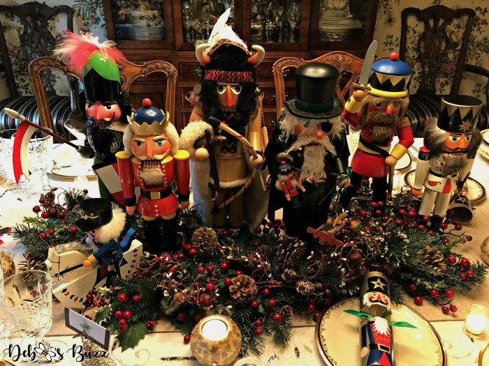 Nutcracker Collection Christmas Centerpiece & Table