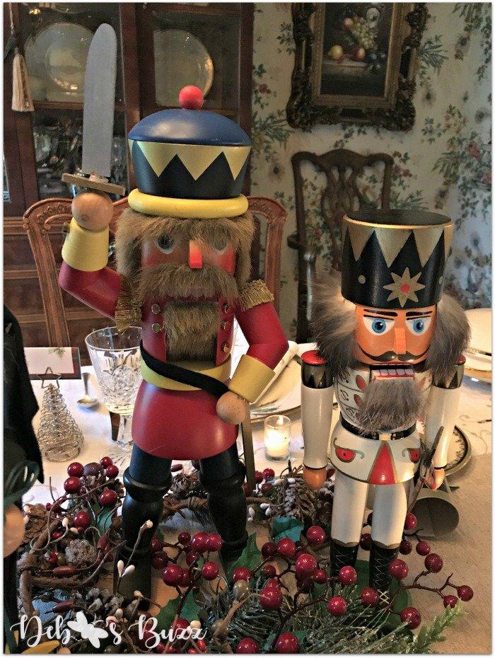 nutcracker-collection-centerpiece-Christmas-table-swash-buckler