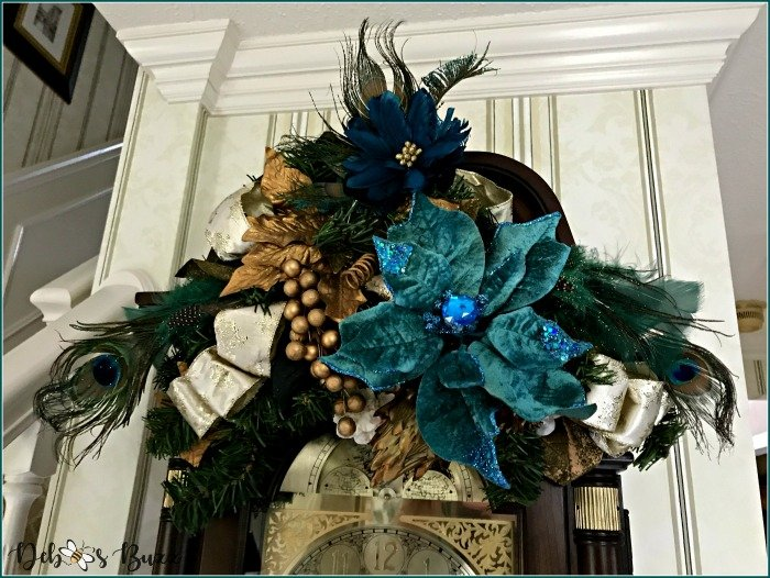 peacock-wreath-christmas-decoration-grandfather-clock-swag