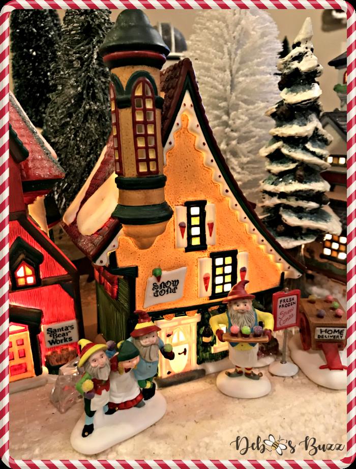 tour-north-pole-department-56-snow-cone-shop-elves