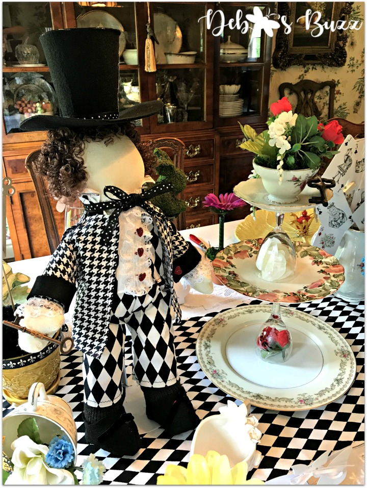 Phenomenal Absolutely Mad Summer Tea Party Table Debbees Buzz Download Free Architecture Designs Rallybritishbridgeorg