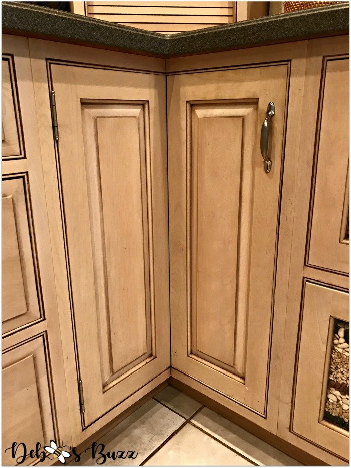 kitchen-design-layout-organization-corner-carousel-cabinet2