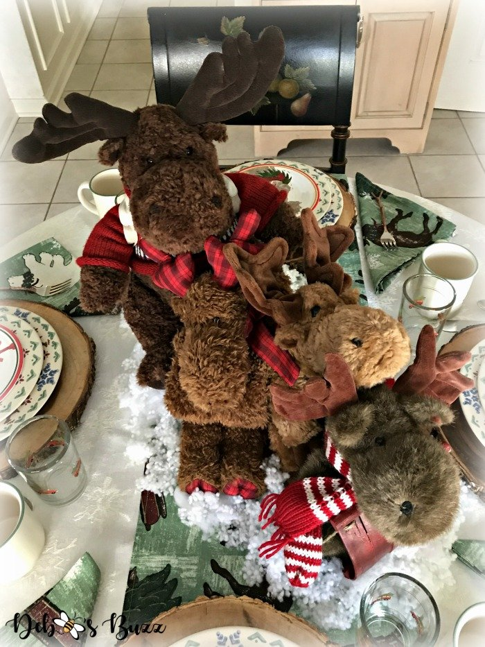 moose-centerpiece-toboggan-ride-tablescape-above