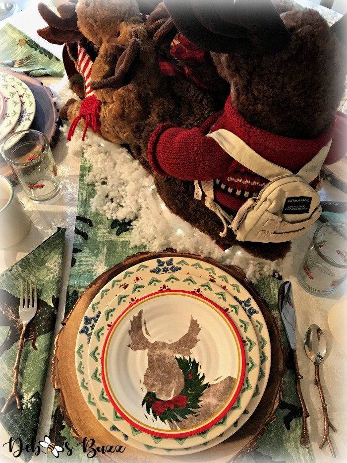 moose-centerpiece-toboggan-ride-tablescape-backpack