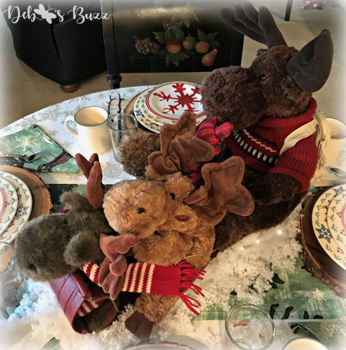 moose-centerpiece-toboggan-ride-tablescape-four