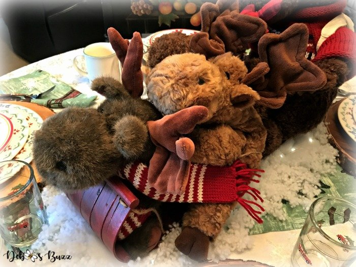 Ty-moose-centerpiece-toboggan-ride-tablescape-hold-on