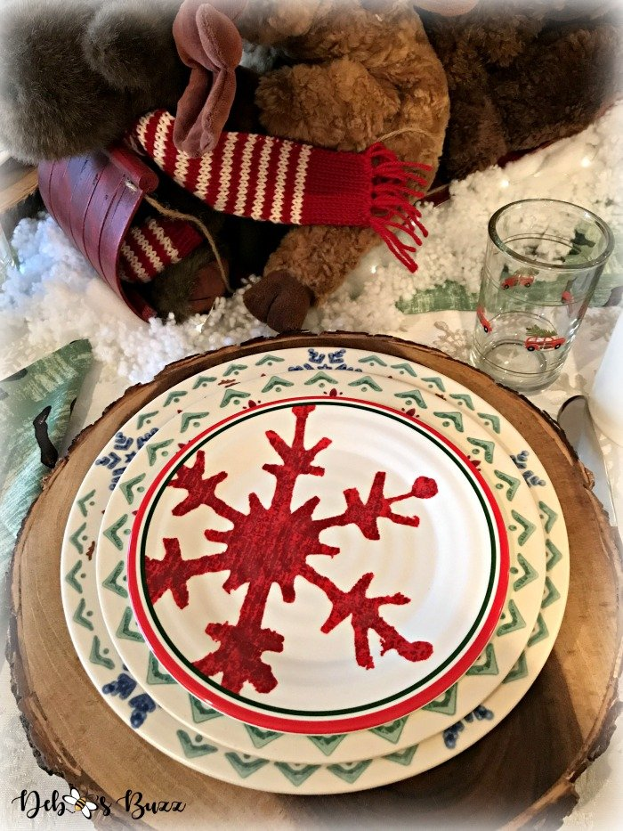 moose-centerpiece-toboggan-ride-tablescape-snowflake-plate