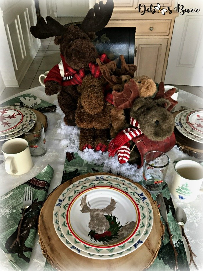 moose-centerpiece-toboggan-ride-tablescape-view