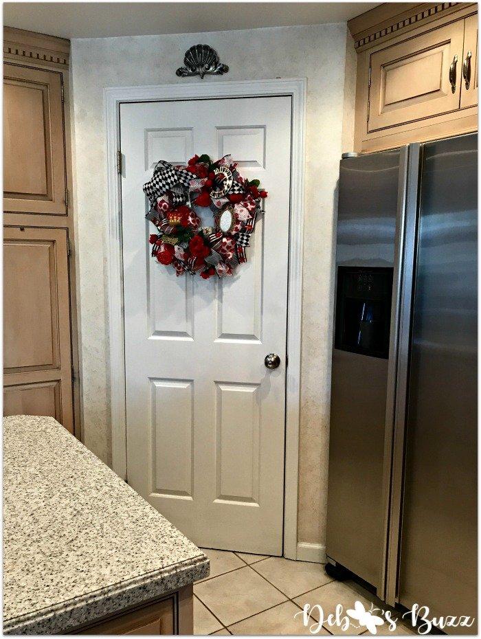 remodeled-kitchen-design-layout-organization-door